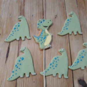 Dinosaur biscuits-cookies 500