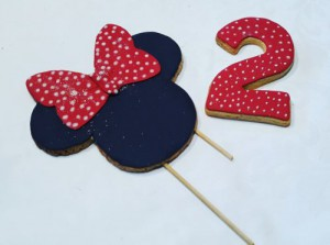 Minnie Mouse decorated biscuits_cookie Cake Toppers 500
