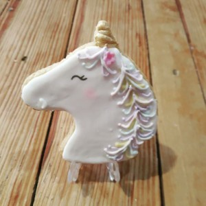 Unicorn topper cookie-biscuit  500